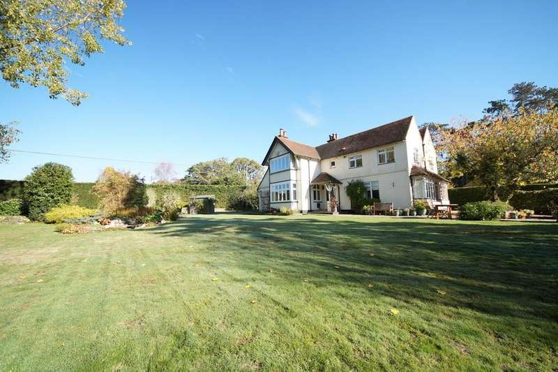 4 Bedrooms Detached House for sale in Nately Scures, Hook