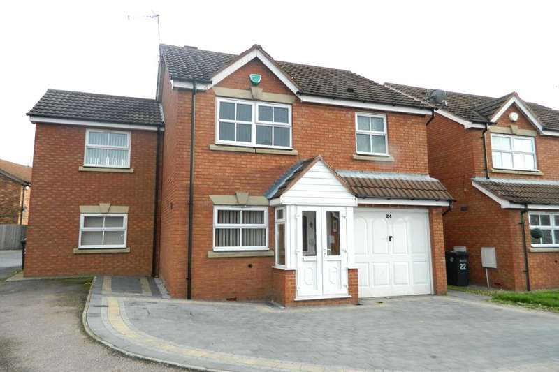 4 Bedrooms Detached House for sale in Enville Close, Marston Green, Birmingham, B37