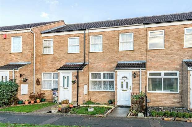 2 Bedrooms Terraced House for sale in Crediton Close, Bedford