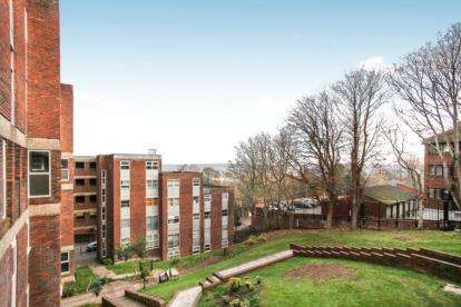 2 Bedrooms Flat for sale in Startpoint, Downs Road, Luton, Bedfordshire