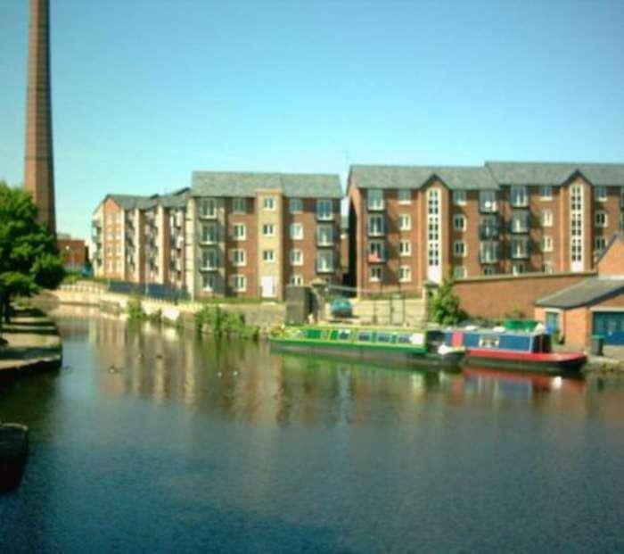 2 Bedrooms Apartment Flat for sale in Boatmans Walk, Ashton Under Lyne
