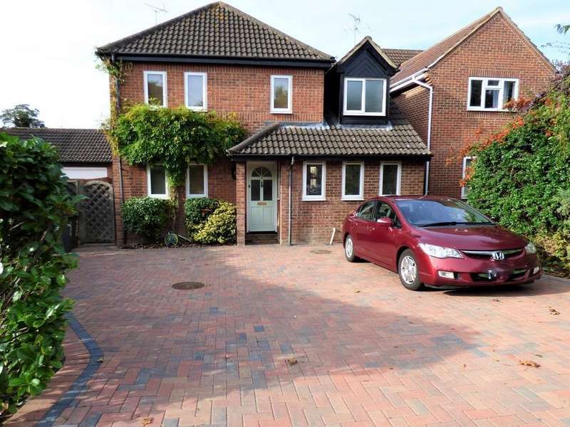 6 Bedrooms Detached House for sale in Justinian Close, Haverhill CB9