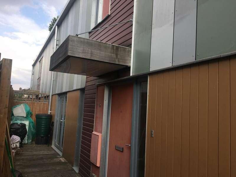 2 Bedrooms Town House for sale in Heathway Villas, Dowsett Road, London N17