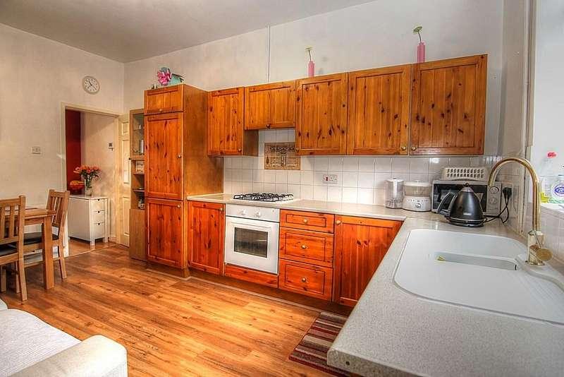 2 Bedrooms Terraced House for sale in Crawford Street, Ashton-under-Lyne
