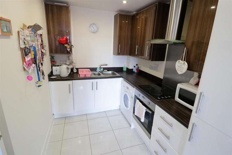 1 Bedroom Apartment Flat for sale in Moulsford Mews, Reading