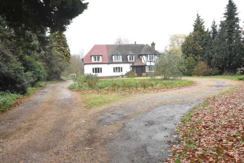 5 Bedrooms Detached House for sale in Timworth Green, Timworth