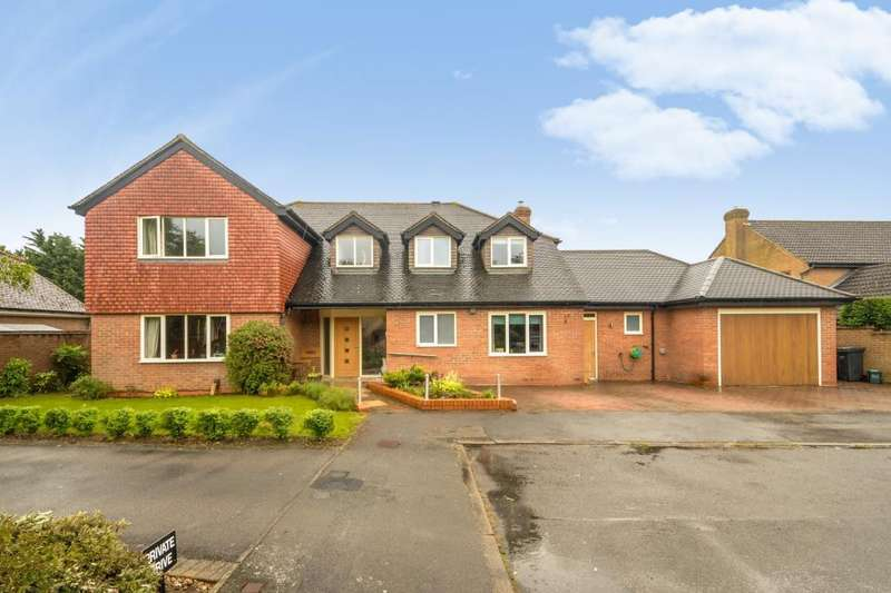5 Bedrooms Detached House for sale in The Chestnuts, Abingdon, OX14