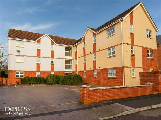 2 Bedrooms Flat for sale in Blenheim Square, Lincoln
