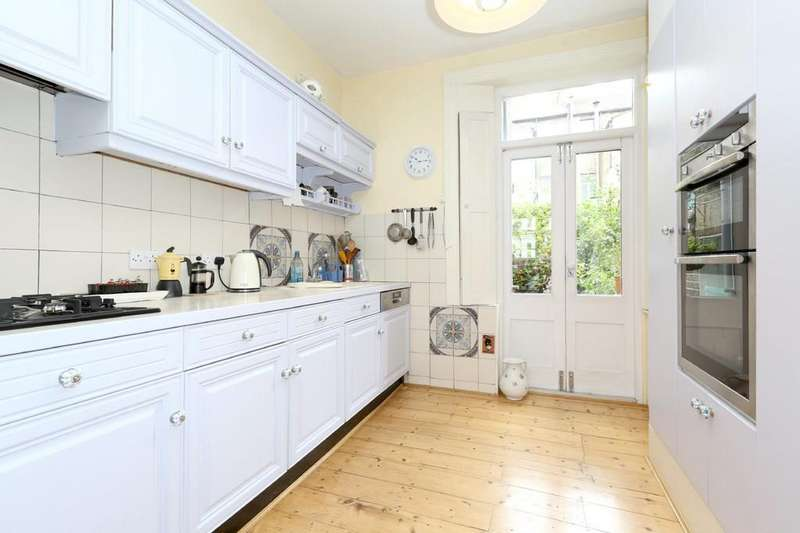 4 Bedrooms Terraced House for sale in Statham Grove, London