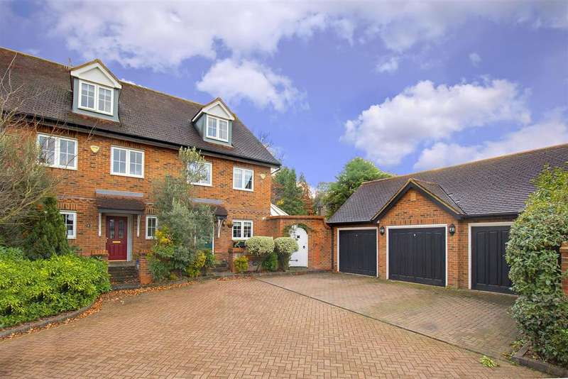 3 Bedrooms House for sale in Hampton Close, Borehamwood