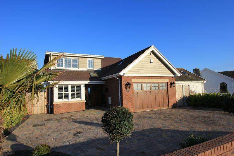 4 Bedrooms Detached House for sale in Penrhyn Beach East, Penrhyn Bay