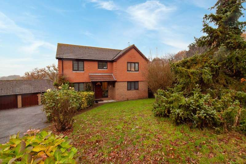 5 Bedrooms Detached House for sale in Cowdray Park Road, Bexhill-on-Sea