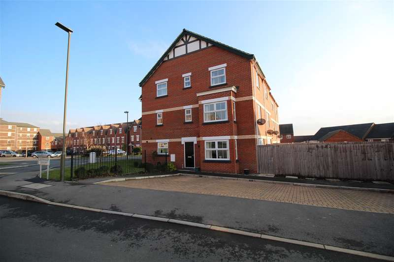 4 Bedrooms Town House for sale in Greenhalgh Crescent, Ilkeston