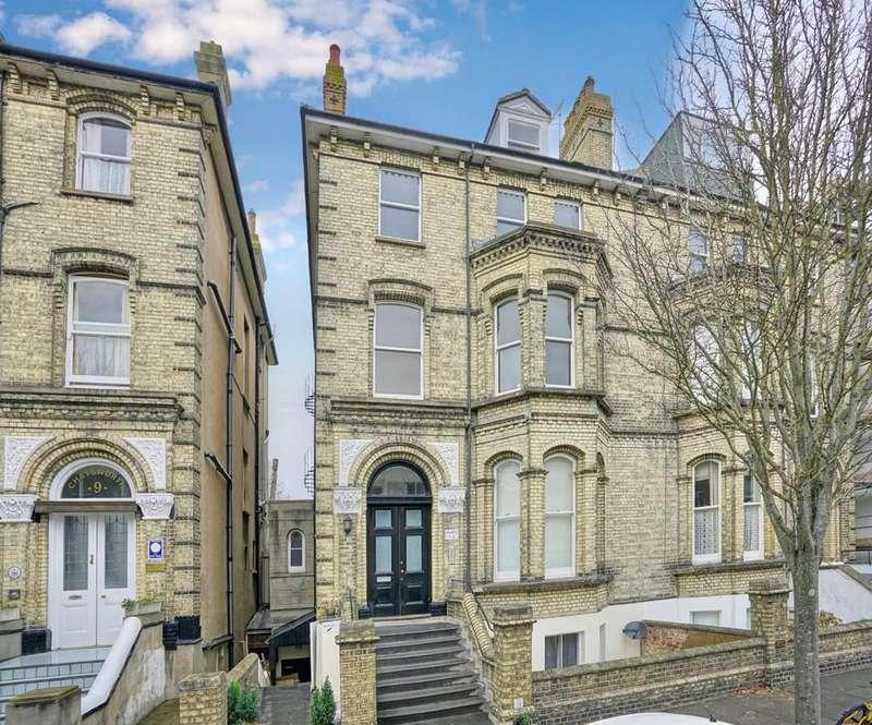 1 Bedroom Flat for sale in Salisbury Road, Hove