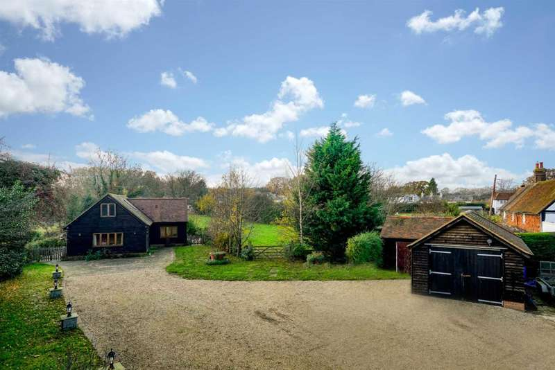 3 Bedrooms Barn Conversion Character Property for sale in OVER 2250 SQ ft & Approx an Acre of GROUNDS, Gaddesden