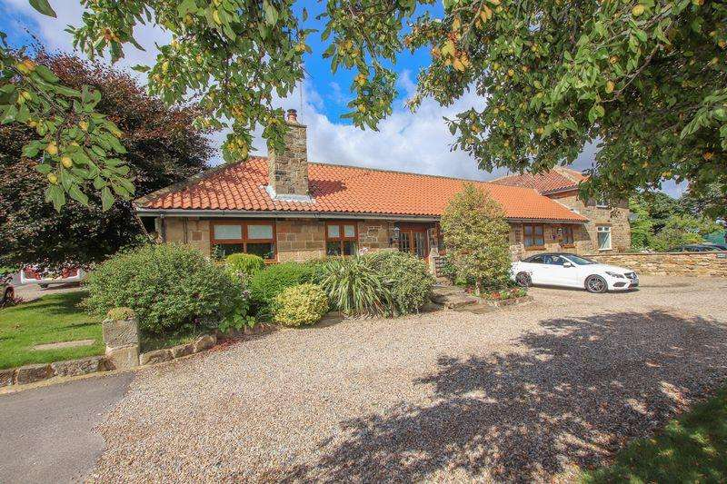 5 Bedrooms Bungalow for sale in 'Stonecroft' Guisborough Road, Saltburn-By-The-Sea