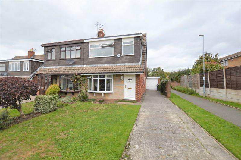 3 Bedrooms Semi Detached House for sale in Harris Drive, Hyde