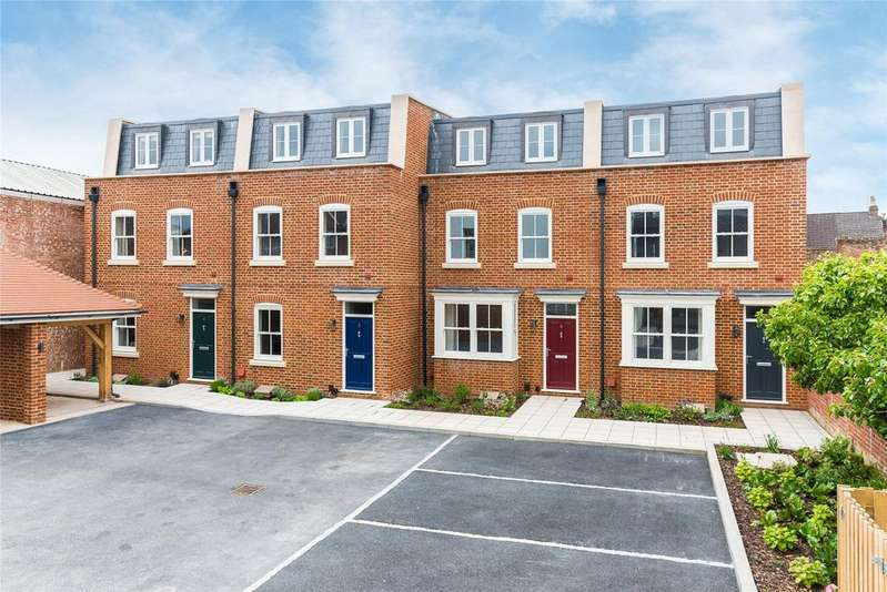 4 Bedrooms Terraced House for sale in Fulford Place, Salisbury, SP1