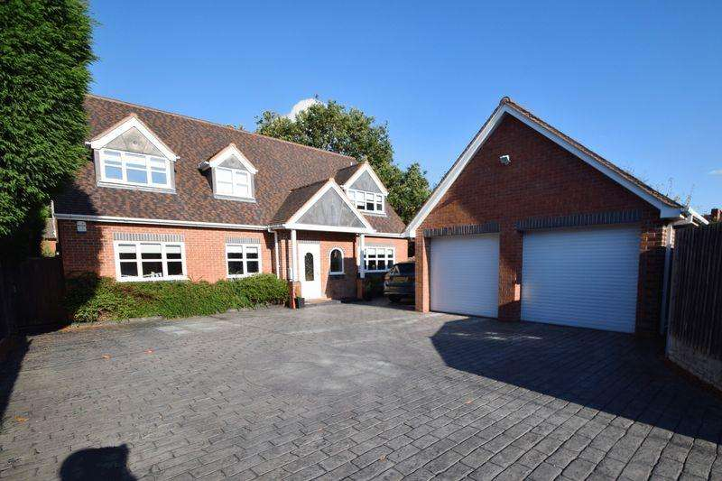 6 Bedrooms Detached House for sale in Johns Lane, Great Wyrley, Staffordshire