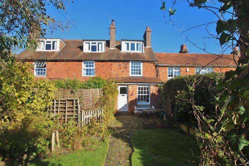 2 Bedrooms Terraced House for sale in Three Leg Cross, Ticehurst