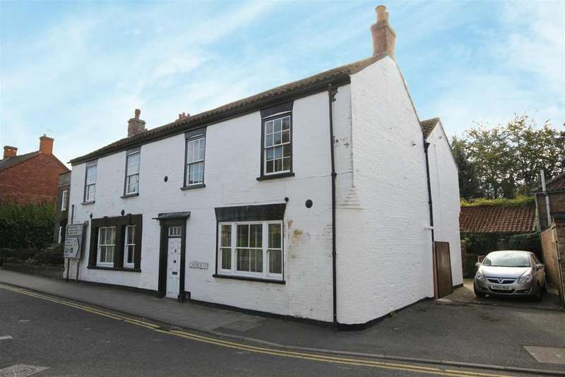 5 Bedrooms Detached House for sale in Church Street, Alford