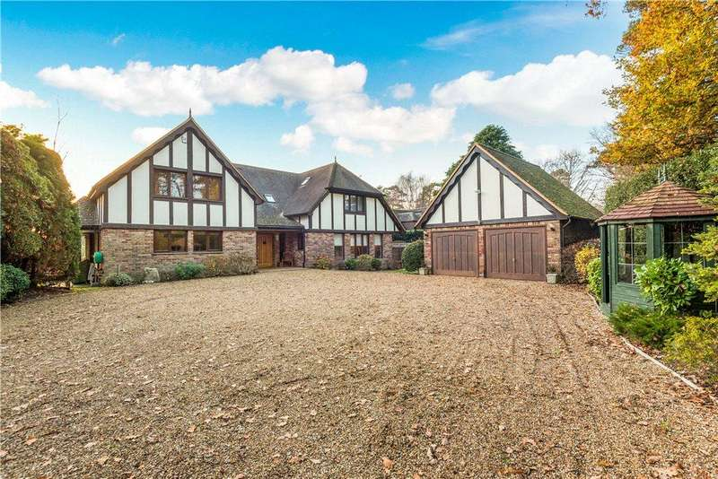 5 Bedrooms Detached House for sale in Pinemount Road, Camberley, Surrey, GU15