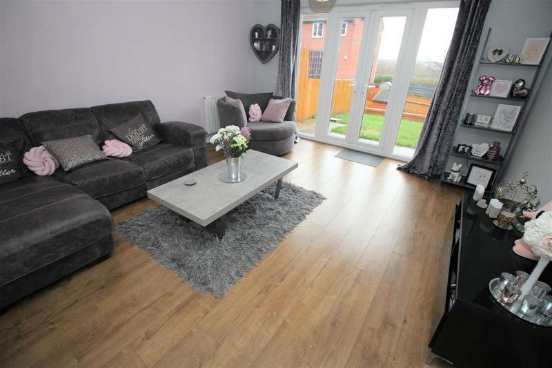 3 Bedrooms Town House for sale in Grey Meadow Road, Ilkeston