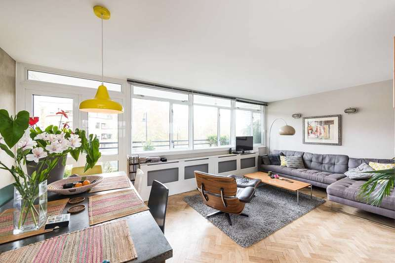 3 Bedrooms Maisonette Flat for sale in Churchill Gardens, Pimlico, SW1V
