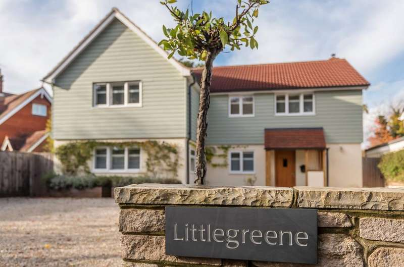 5 Bedrooms Detached House for sale in Littlegreene, Nyewood, GU31