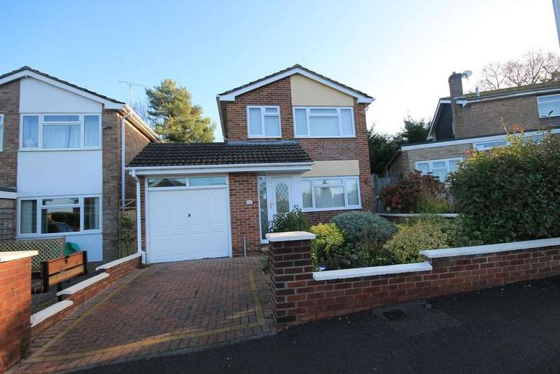 3 Bedrooms Detached House for sale in Abbey Close, Newbury, RG14