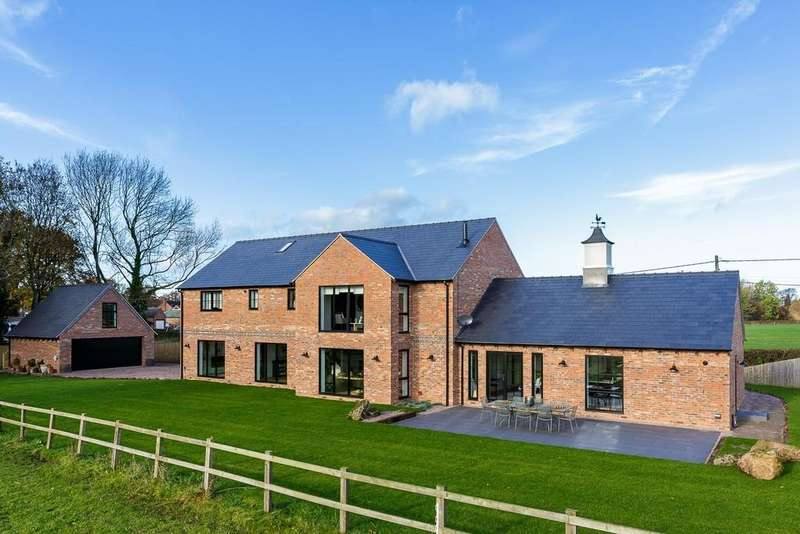 4 Bedrooms Detached House for sale in The Dial House, Haughton, Tarporley, CW6 9RN