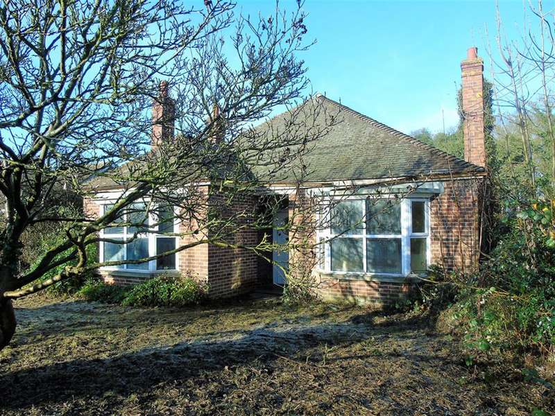 3 Bedrooms Bungalow for sale in High Street, Coningsby, Lincoln, LN4 4RF