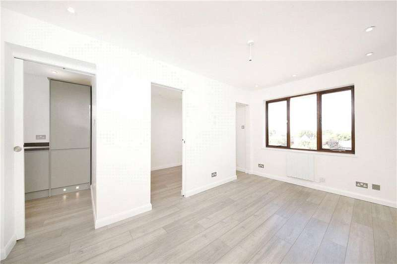 1 Bedroom Apartment Flat for sale in Campbell Close, Streatham, London, SW16