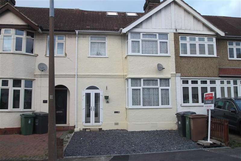 4 Bedrooms Terraced House for sale in Alpha Road, Chingford