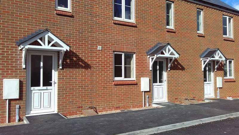 6 Bedrooms Semi Detached House for rent in Dolphin Court, Canley