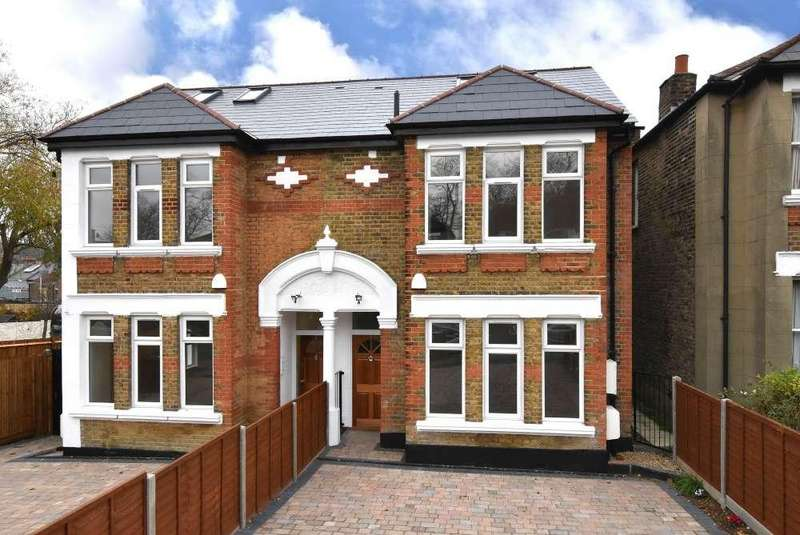5 Bedrooms Semi Detached House for sale in Duncombe Hill