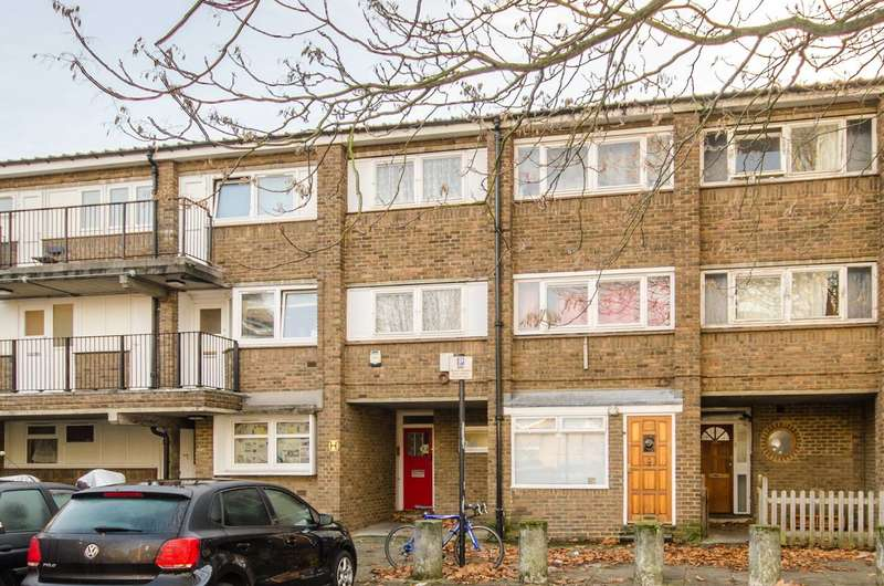 3 Bedrooms Terraced House for sale in Adeney Close, Hammersmith, W6