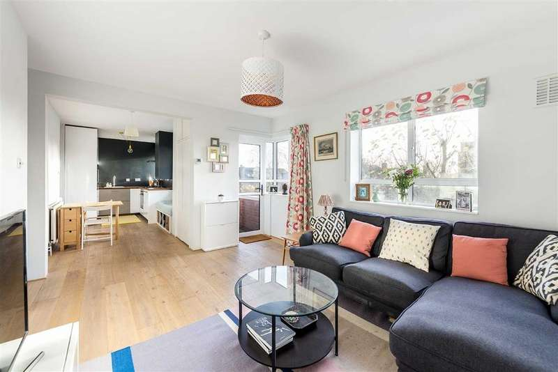2 Bedrooms Flat for sale in Brecknock Road, Tufnell Park, London