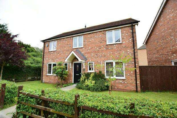 4 Bedrooms Detached House for sale in Pasture Lane, Scartho Top, Grimsby