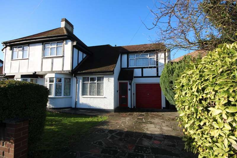3 Bedrooms Semi Detached House for sale in King Edward Avenue, Dartford