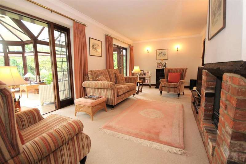 3 Bedrooms Detached Bungalow for sale in New Road, Twyford