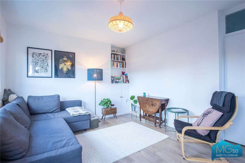 2 Bedrooms Apartment Flat for sale in Cobbett House, Brecknock Road, London, N19