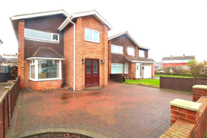 3 Bedrooms Detached House for sale in Queensbury Close