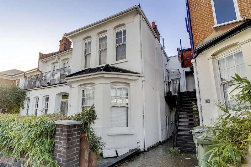 2 Bedrooms Maisonette Flat for sale in Queensthorpe Road, Sydenham SE26