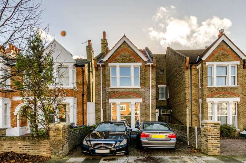 5 Bedrooms Terraced House for sale in Waldeck Road, West Ealing, W13