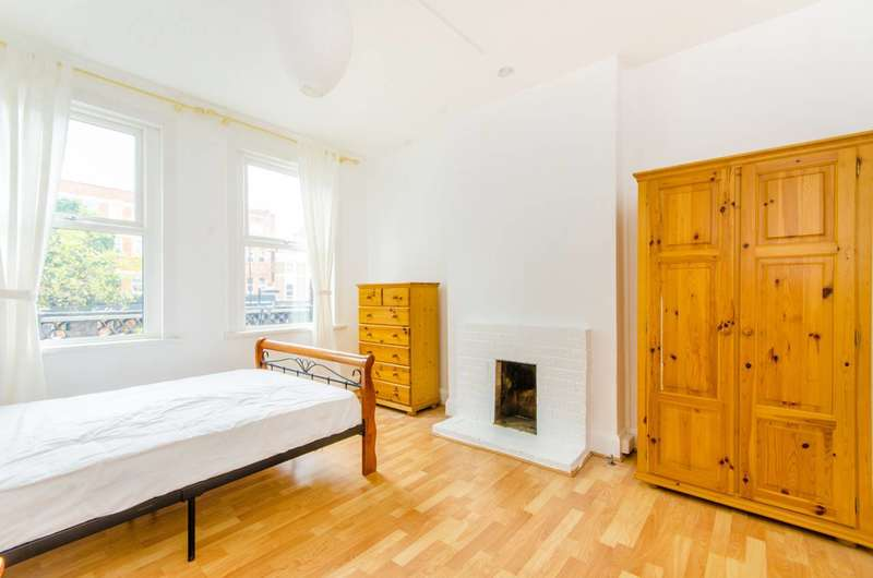 4 Bedrooms Maisonette Flat for sale in Holloway Road, Holloway, N7
