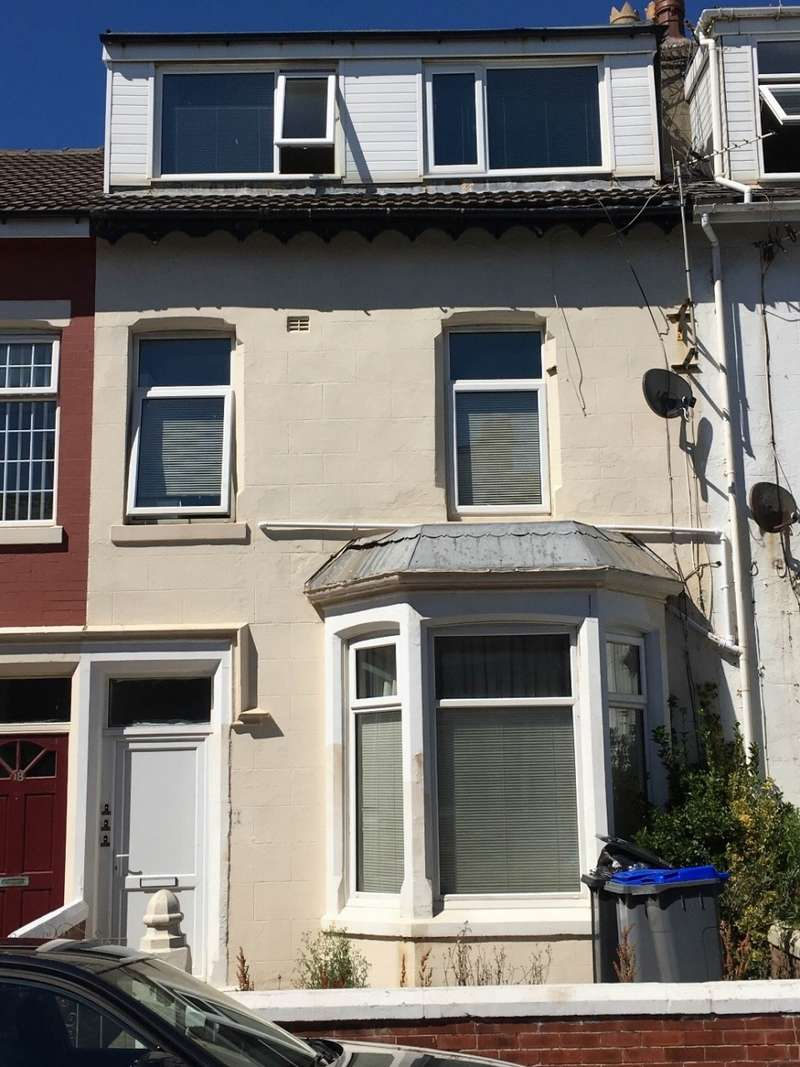 Property for sale in Eaves Street , Blackpool, FY1 2NH