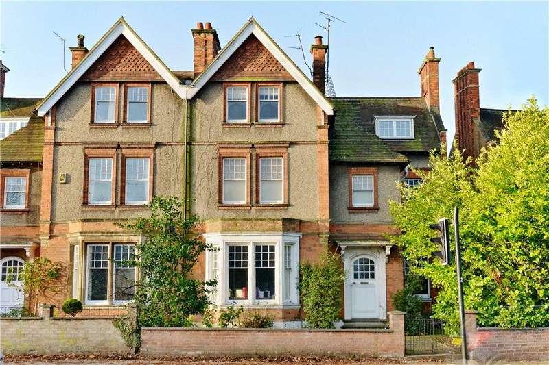 6 Bedrooms Unique Property for sale in Park Avenue, Abington, Northamptonshire