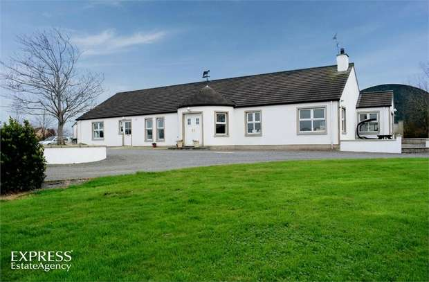 5 Bedrooms Detached Bungalow for sale in Ballyrusley Road, Portaferry, Newtownards, County Down