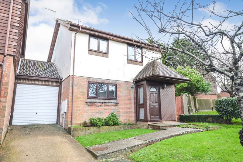 3 Bedrooms House for sale in Ventnor Close, Eastbourne, BN23